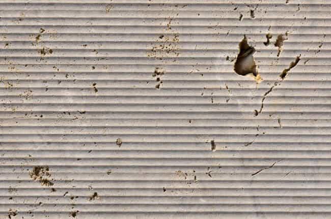 Augustus Dolomit maschinell scharriert-