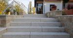 Blockstufen Natursteintreppen aus Travertin (Troja)