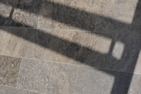 Bodenplatten Aus Naturstein Muschelkalk Memphis Fur Den Aussenbereich