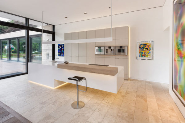 natursteine bodenplatten bahnen travertin troja hell. Black Bedroom Furniture Sets. Home Design Ideas