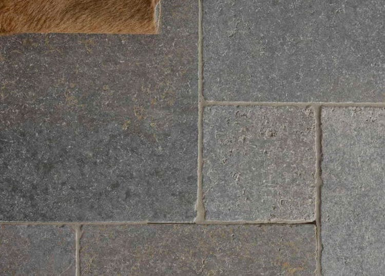 Asphalt Fußbodenplatten ~ Naturstein bodenplatten römischer verband muschelkalk innenbereich