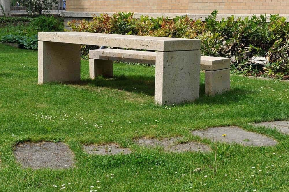 gartenbrunnen blumenk bel aus stein gartendeko zu top preisen. Black Bedroom Furniture Sets. Home Design Ideas