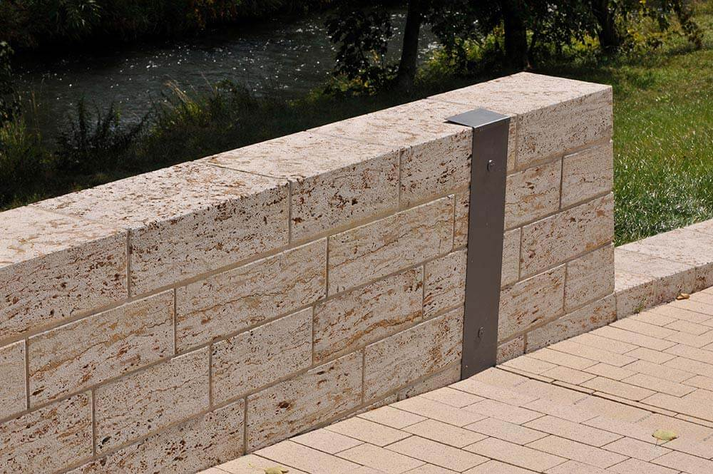 Sondermauerwerk aus Muschelkalk (Memphis)