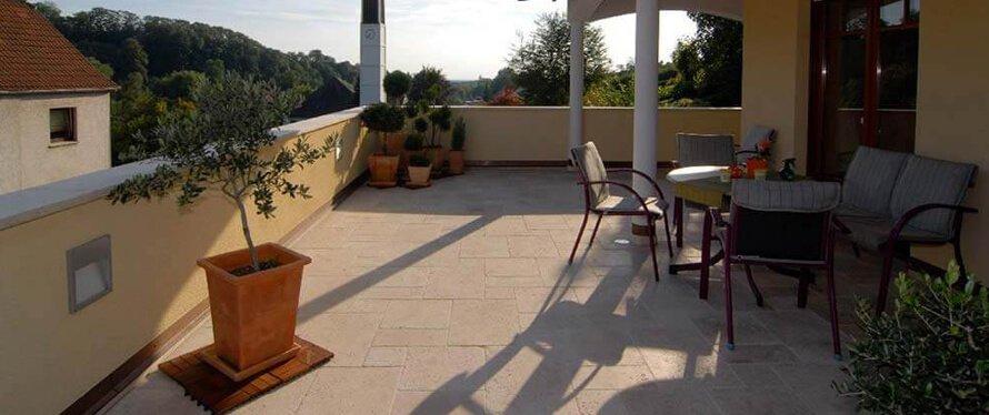 Roemischer-Verband-Terrasse