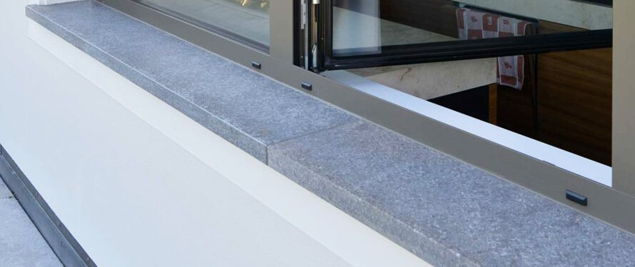 Fensterbank aus naturstein einbauen innen au en - Fensterbank einbauen ...