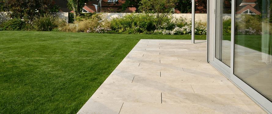 Bevorzugt Travertin-Terrassenplatten richtig reinigen - wertvolle Tipps & Tricks ZP74