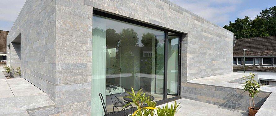 Die Dachterrassengestaltung mit Dolomit ist individuell und zeitlos