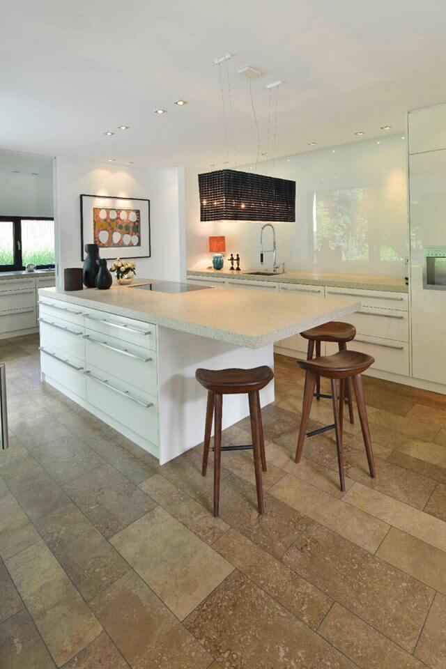 Natursteinboden für innen (Wohnzimmer & Küche) - Preise & 10 Ideen