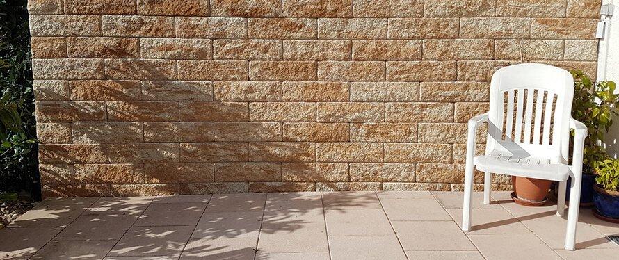 Sichtschutz aus Stein