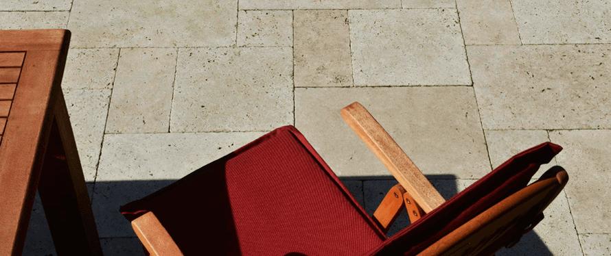 Terrassenbelag aus Naturstein