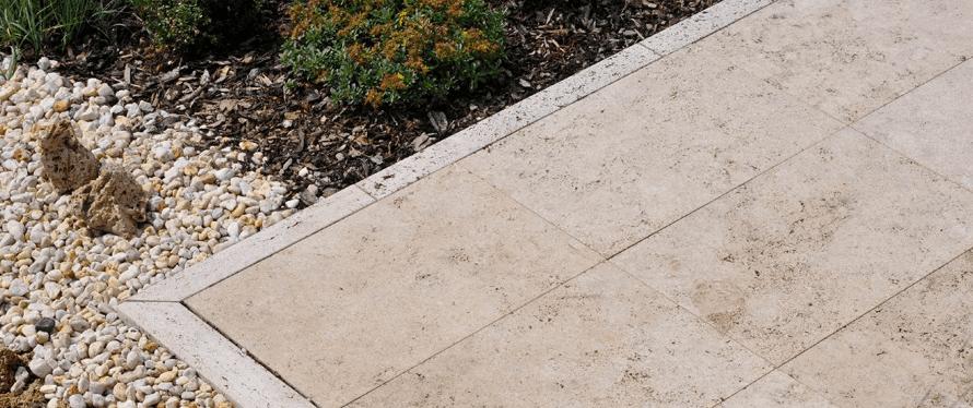 Imprägnierung von Terrassenplatten