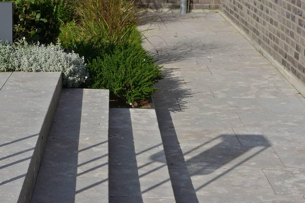 Bodenplatten & Treppenstufen Dolomit