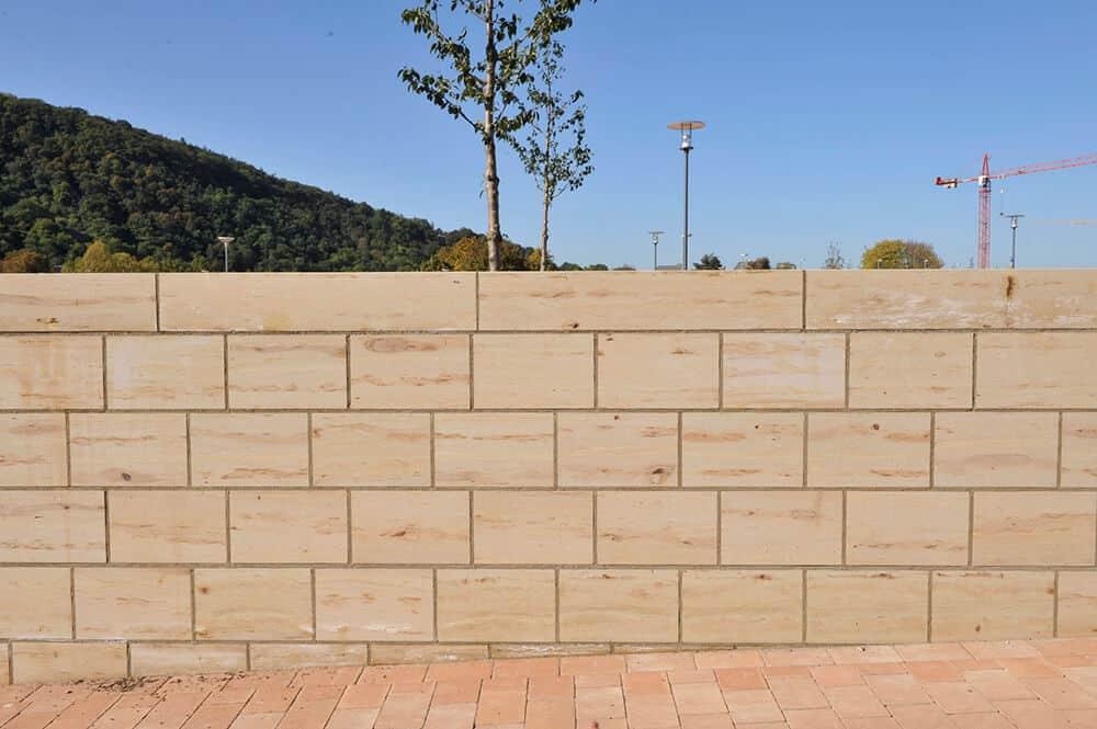 Mauer aus Sandstein Luxor