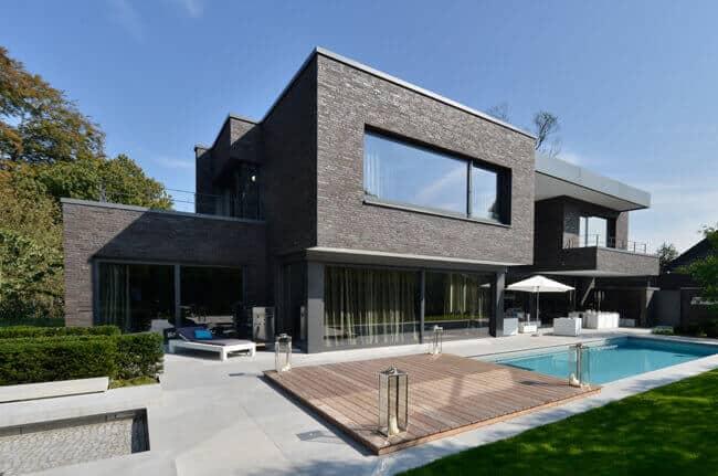 Haus mit Natursteinfassade
